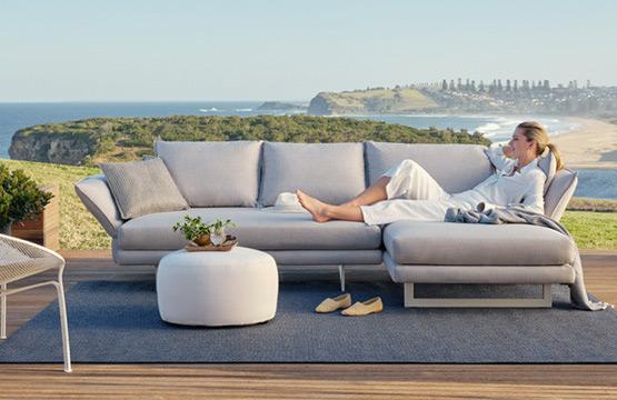 outdoor furniture Melbourne